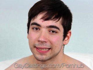 HD gaycastings - शर्मीला लड़का नए कैरियर के अवसरों चाहता है