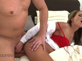 003. जीना डिवाइन - अच्छा सेक्स