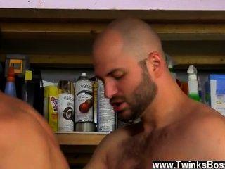 गर्म समलैंगिक दाऊद ने अपने आदमियों को मर्दाना पसंद करता है!