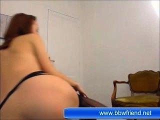 कैमरे के सामने श्यामला युवा लड़की हस्तमैथुन