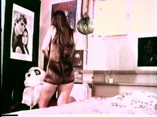 निजी निजी (1972)