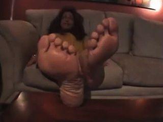 परिपक्व लैटिना पैर