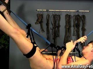 सेक्सी पुरुषों याकूब डेनियल एक लड़के के उपयोग की प्रक्रिया के लिए नया हो सकता है