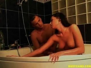 गर्म वेब कैमरा जोड़े स्नान में साला