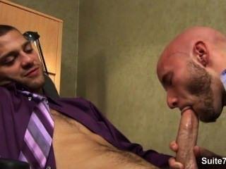 Lusty कार्यालय में पीटने समलैंगिकों