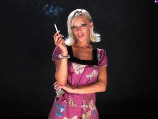 लो लो धूम्रपान करता द्वितीय