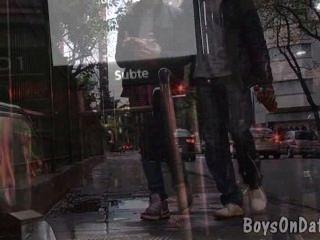 दो लड़कों समलैंगिक पर एक-एक के लिए हुक
