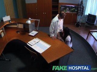 FakeHospital यौन अनुभवहीन रोगी डॉक्टरों मुर्गा उसे फा होना चाहता है