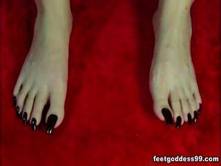 लंबे toenail