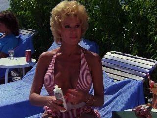 लेस्ली Easterbrook - निजी रिसोर्ट (1985)