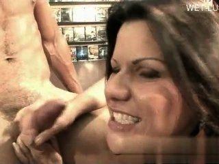 गर्म प्रेमिका धार सेक्स