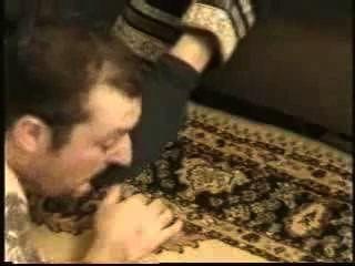 गर्म सऊदी मालकिन पसीने से तर मोजे और पैरों का बोलबाला दास