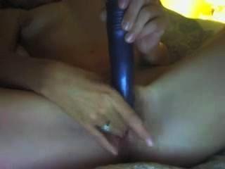 वेबकैम पर शौकिया milf masturbates