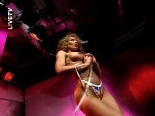 Lynda लेह - जी टीवी पट्टी