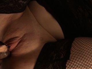 मेरी योनी में घुसा