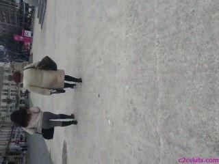 सड़क रोमानियाई में जासूसी सेक्सी गधा