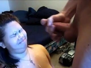 666dates.com से लड़की उसके चेहरे पर एक सह शॉट हो जाता है