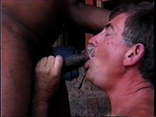 मेरा पहला काला मुर्गा चूसने और सह लेने के mikeysucksit पूरी वीडियो