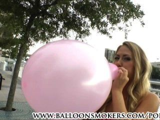 पहली बार looner कार्टर क्रूज के बाहर गुब्बारे ऊपर चल रही है