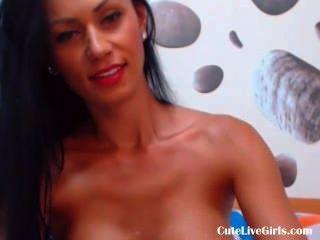 उसे सेक्सी स्तन (4) .flv के साथ खेल रहा गर्म और सेक्सी श्यामला