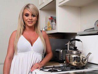 Bree Olson foodgasm - 10 खाद्य पदार्थों के मोड़ पर अपनी लड़की को