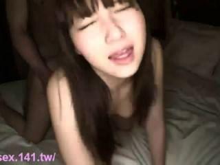 छोटे से जापानी लड़की कट्टर पसंद करती है