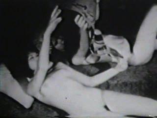 दृश्य 4 - सॉफ़्टकोर 583 50 के दशक और 60 के दशकों जुराब