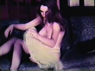 सॉफ़्टकोर जुराब 596 1960 - दृश्य 1