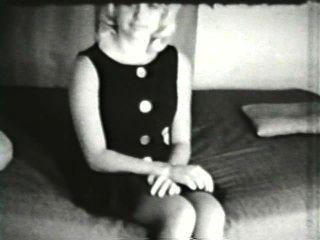 दृश्य 3 - सॉफ़्टकोर 551 50 के दशक और 60 के दशकों जुराब