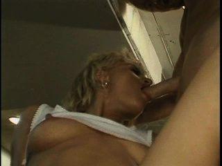 सफेद कचरा वेश्या 8 - दृश्य 1