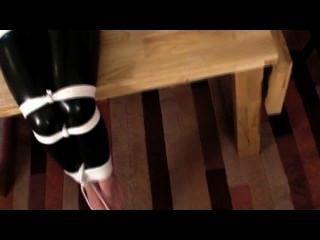 मेरी पसंदीदा Catsuit में बंधे