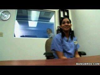 सुंदर भारतीय किशोर, अधिक वीडियो के लिए cutt.us/i29e का दौरा
