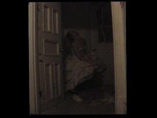 disoriented वेश्या कोठरी में फंस