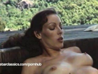 समलैंगिक क्लासिक पोर्न स्टार एनेट हेवन - सुपर गर्म टब कार्रवाई