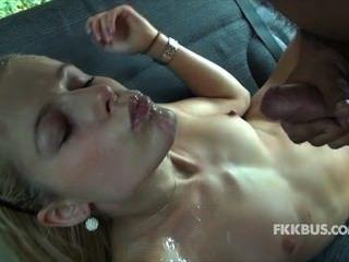 सेक्स बस कमशॉट्स 3
