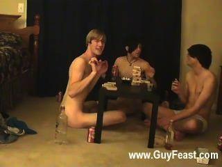 गर्म समलैंगिक यौन संबंध के लिए आप इस दृश्यरतिक प्रकार जो विचार की तरह एक लंबे प्रकरण है