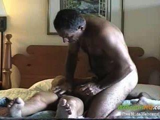 horniest शौकिया परिपक्व जोड़ी बकवास और वेबकैम पर चूसना