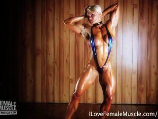 अद्भुत पेशी महिला Brigita brezovac उसकी परम hardbody ठोके