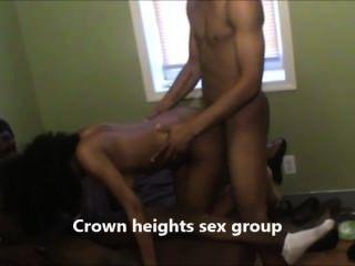 सेक्स क्राउन हाइट्स सेक्स समूह पर बाहर की कोशिश
