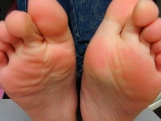 एशियाई feets -1