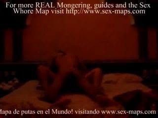 मैक्सिकन वेश्या एक पर्यटक खुश कर देता है