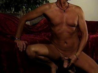 मेरी पहली पूरी तरह से नग्न jerkoff