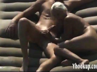 शौकिया गोरा तहलका haha- yhookup पर पकड़ा
