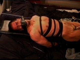 चरम वैक्यूम बाध्य चमड़े पर सीबीटी और मांसपेशियों पुरुष रोका पंप।