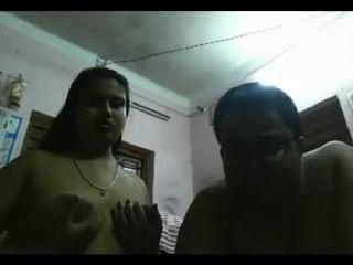 परिपक्व कामुक भारतीय सीपीएल वेब कैमरा 11-26-13 पर खेलने