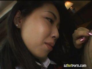 कामुक भद्दा एशियाई महिला छात्र