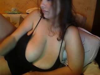 hugeboobs36kk 11 30 13 -4