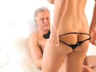 फ्रेंच गोरा सेलिब्रिटी सिंडी गुदा और बिट स्तन