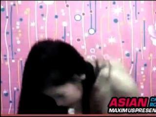 एशियाई सांचा लड़की खेल