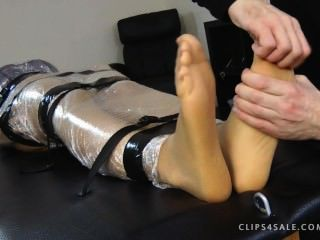 kritstie पैर गुदगुदी